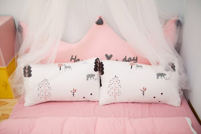 goose down comforter and pillows